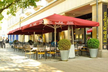 """Außenbereich Restaurant """"Nante Eck"""" Berlin"""